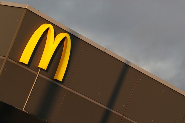 Après Quick et Burger King, McDonald's ferme également ses restaurants et services connexes