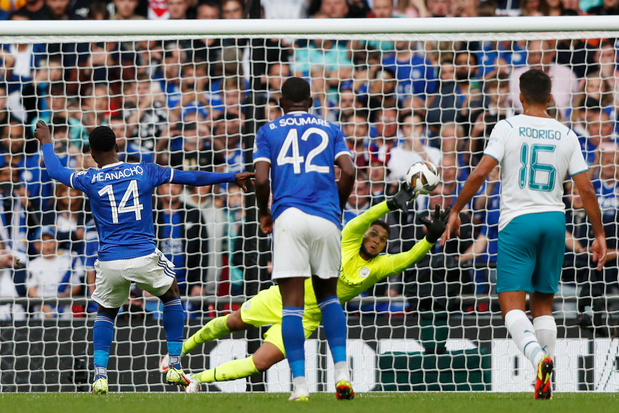 Community Shield: Leicester wint met late penalty van Manchester City