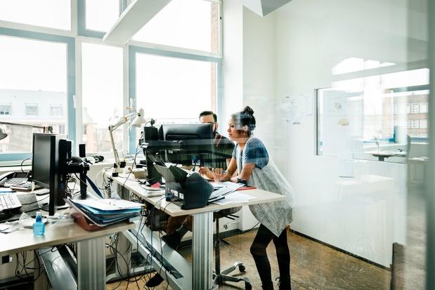 Staand werken: beperkte heilzame effecten op de gezondheid