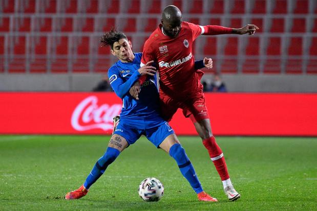 KRC Genk opent play-offs met 2-3 winst op het veld van Antwerp
