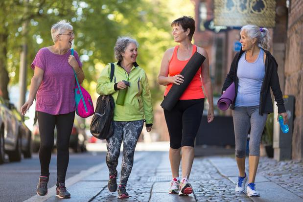 Avoir un style de vie plus sain diminuerait le risque de démence