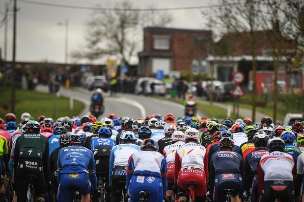 UCI komt met aangepast protocol rond wielerkoersen