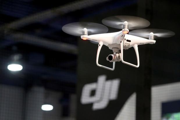 Les Etats-Unis clouent au sol des drones chinois