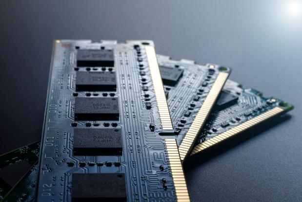 Un chercheur dérobe des données en transformant la RAM en un émetteur wifi