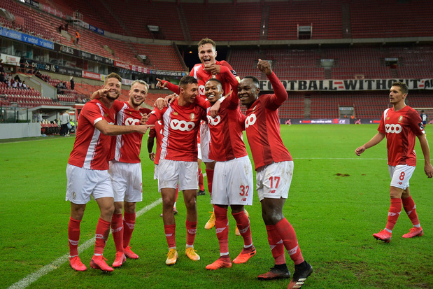 Standard zwoegt zich voorbij Fehervar naar groepsfase Europa League