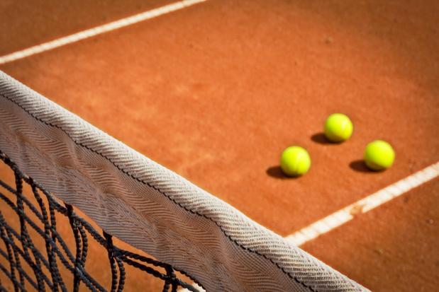 Soupçons de match truqué à Roland-Garros: une joueuse russe placée en garde à vue