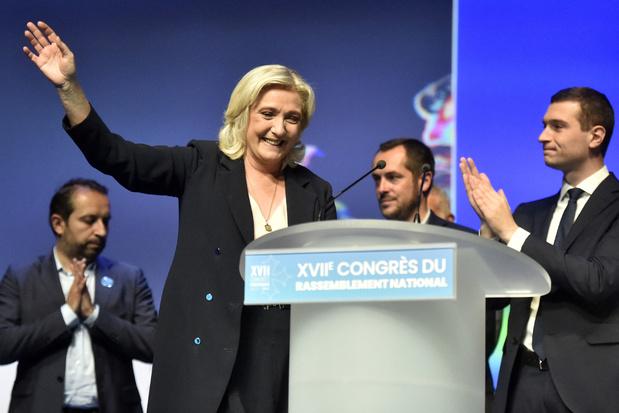 Marine Le Pen wil anti-migratieretoriek blijven afzwakken
