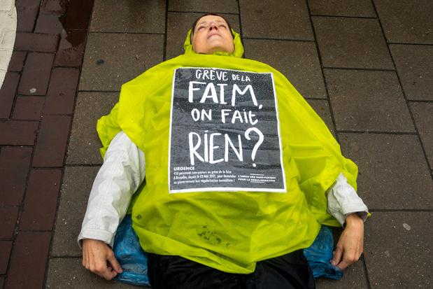90 députés européens interpellent les autorités belges sur le sort des sans-papiers (carte blanche)