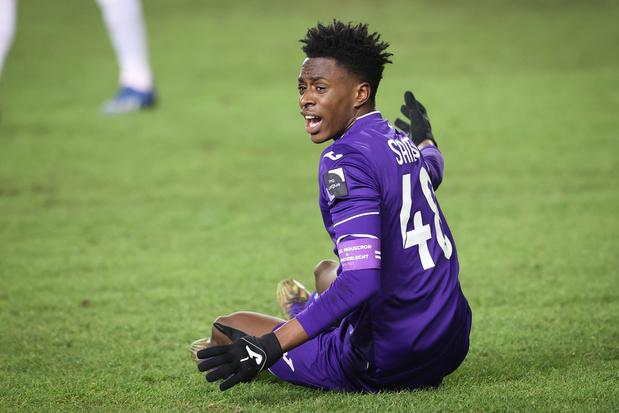 Frank Boeckx: 'Om in het buitenland te slagen, moet Sambi Lokonga sneller spelen'
