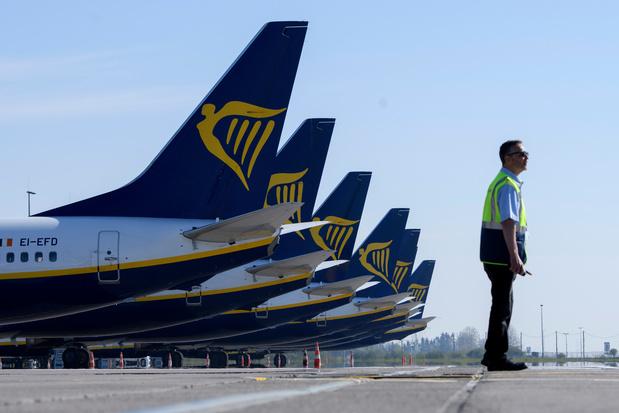 Ryanair moins dans le rouge que prévu