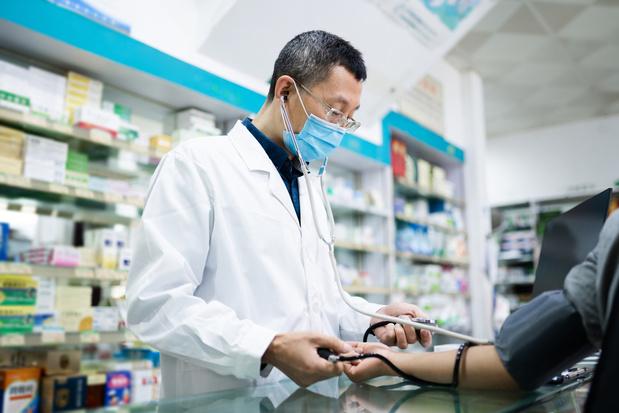 Bvas klaagt 'onwettige uitoefening geneeskunde door apothekers' aan