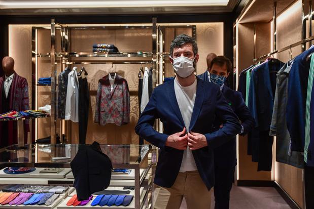 Le luxe redémarre sa production, dans un écosystème fragilisé par la pandémie