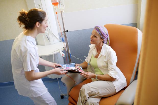 Dose de chimiothérapie cumulative et survie dans le cancer du sein