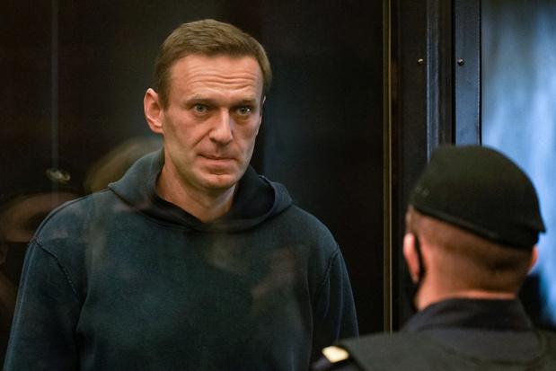 Plus de deux ans de prison pour l'opposant russe Alexeï Navalny, tollé occidental