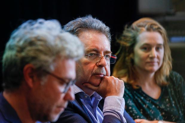 Voile à la STIB: le gouvernement bruxellois n'ira pas en appel, un compromis dégagé sur la neutralité