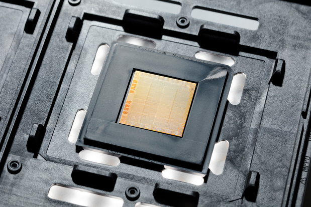 IBM lance une puce à 7 nm pour centres de données