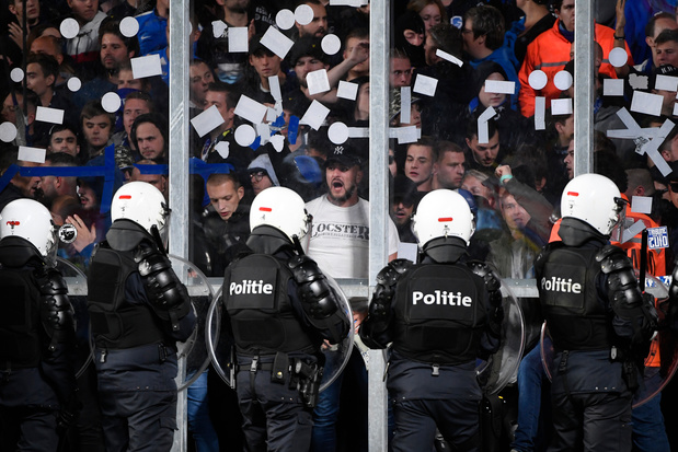 Saint-Trond et Genk doivent payer 25.000 euros pour le derby arrêté