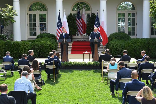 Trump zegt dat de VS wellicht militairen van Duitsland naar Polen verplaatst