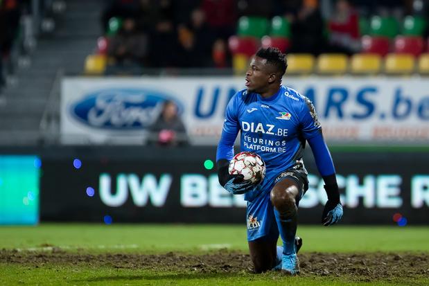 """Fabrice Ondoa, le gardien viré par Ostende se défend: """"pas une lockdown party"""""""