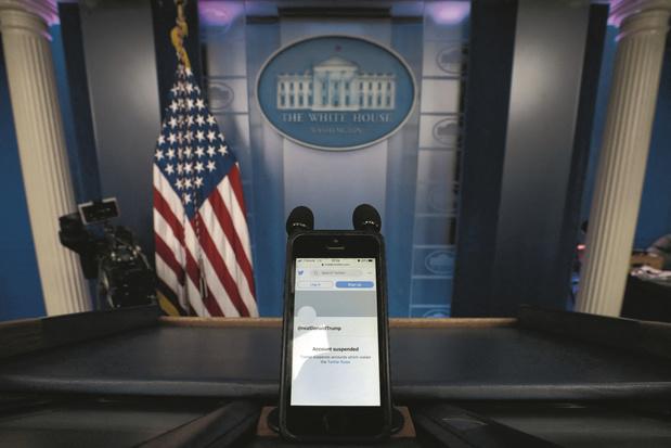 Réseaux sociaux, ton univers impitoyable: Trump banni, et puis quoi? (débat)