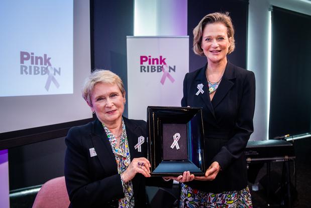 Prinses Delphine ontwerpt het Pink Ribbon-lintje