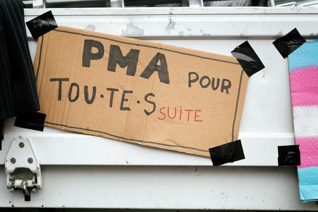 France: La loi de PMA pour toutes a été adoptée