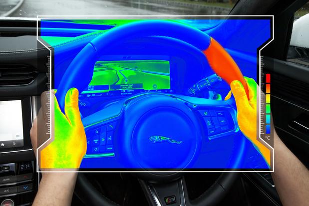Jaguar Land Rover werkt aan stuur dat bestuurders laat voelen wanneer ze moeten afslaan