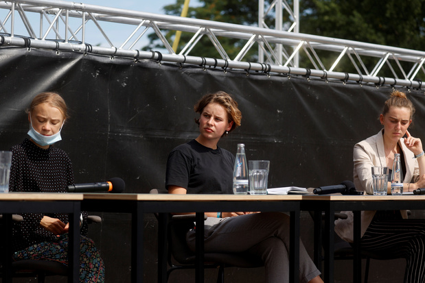 Adélaïde Charlier et Anuna De Wever reçues par Angela Merkel avec Greta Thunberg