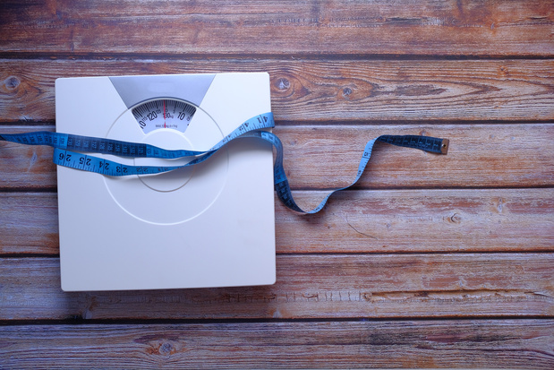 Obesitas draagt bij tot een hogere uitstoot van broeikasgassen