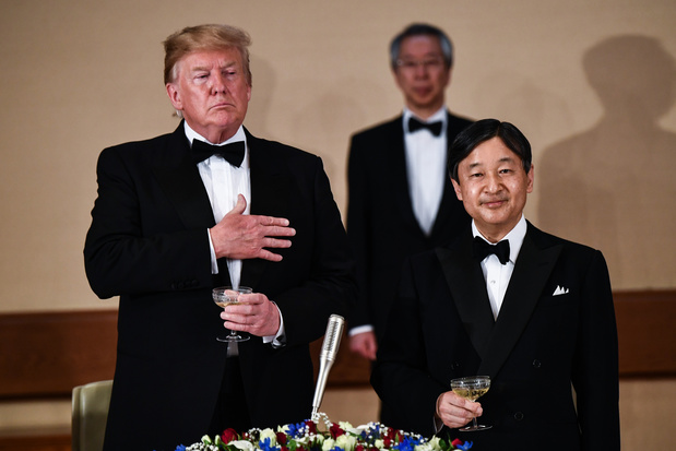 Au Japon, Trump mène collaborateurs, alliés et ennemis de surprise en surprise