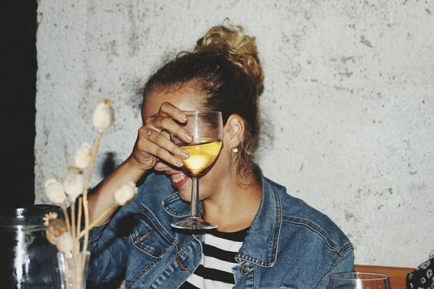 Zien drinken doet drinken: sociale media spelen belangrijke rol in alcoholgebruik jongeren
