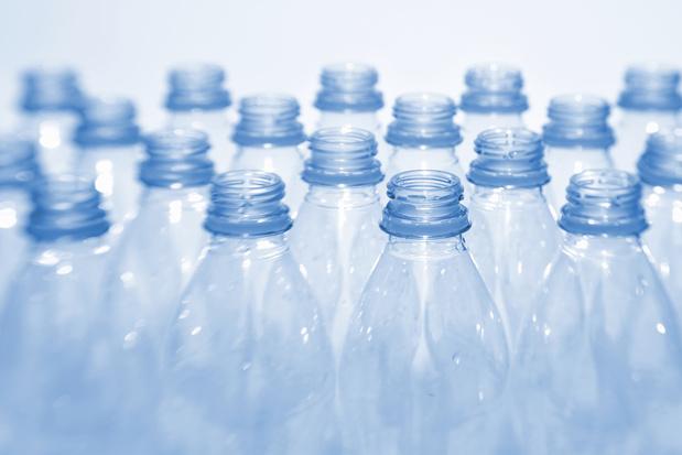 La consigne, si cela fonctionne pour les bouteilles de bière, cela fonctionnera pour le plastique!