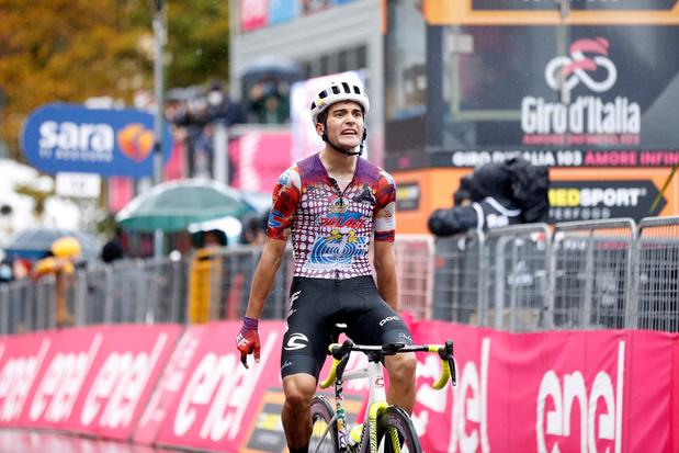 Moet Giro al vroegtijdig stoppen? 'EF Pro Cycling vraagt einde van koers aan'