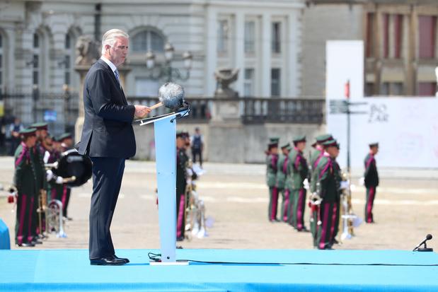Nationale feestdag: koning bedankt zorgpersoneel én oud-strijders voor 75ste verjaardag Bevrijding