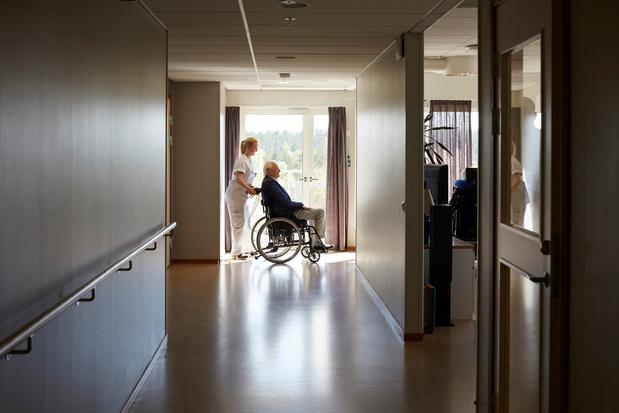 """Coronavirus : Les maisons de retraite, véritables """"bombes à retardement"""""""