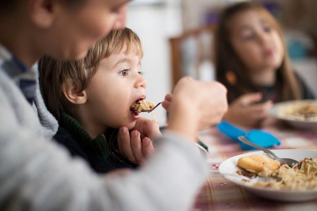 De geestelijke gezondheid van de moeders kan invloed hebben op de voeding van de kinderen