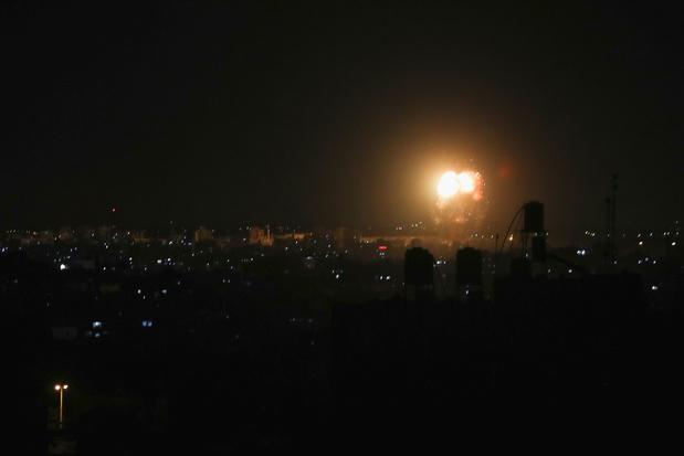 Israëlische luchtmacht voert aanvallen uit op Gaza 'in vergelding voor brandballonnen'