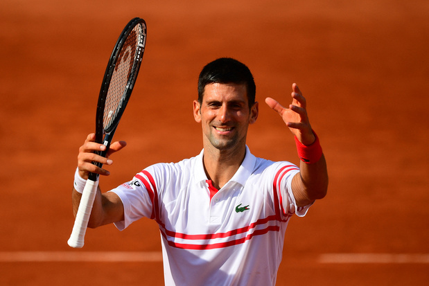 Roland-Garros: Novak Djokovic sans trembler au troisième tour