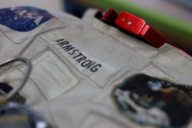 Un coin du voile levé sur les circonstances troubles de la mort de Neil Armstrong