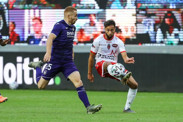 Anderlecht accroché de justesse par Mouscron pour la première de Kompany