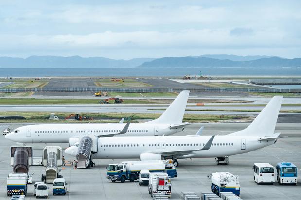 Les compagnies aériennes s'attendent à rester nettement dans le rouge cette année
