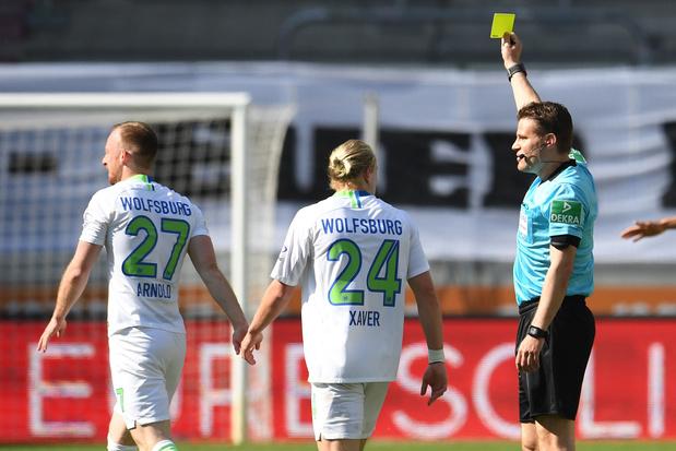 Topscheidsrechter Felix Brych enthousiast over lege stadions: 'Omgang met spelers en coaches is aangenamer'