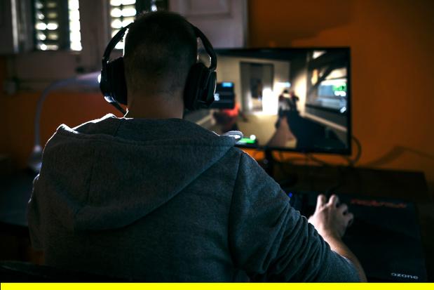 Moins de burgers, plus de jeux vidéo: les nouvelles habitudes de consommation des Belges confinés