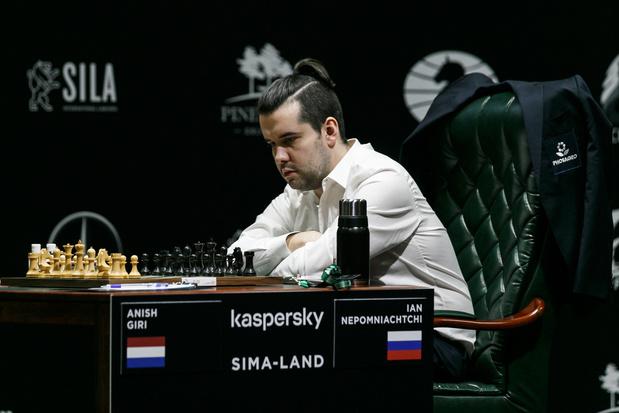 Magnus Carlsen moet voorbij Jan Nepomnjasjtsji voor het wereldkampioenschap schaken