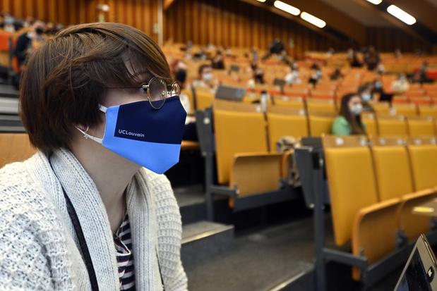 La rentrée dans l'enseignement supérieur: 100% présentiel, avec le masque