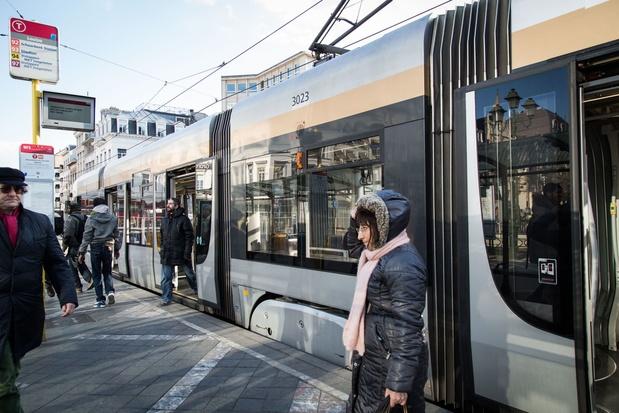 Paiement sans contact dans les transports publics bruxellois l'année prochaine