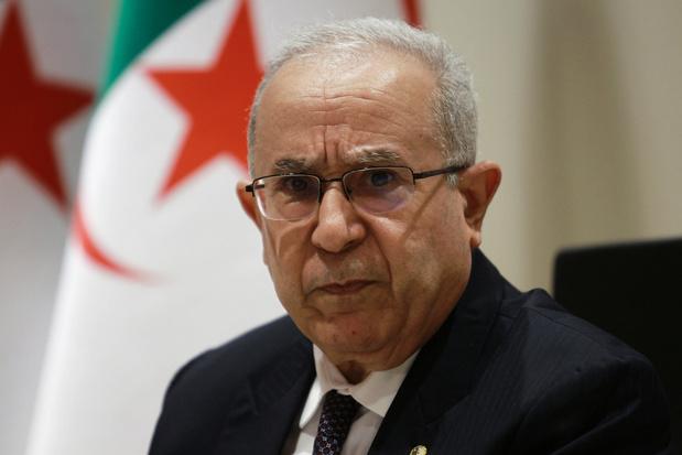 L'Algérie rompt ses relations diplomatiques avec le Maroc