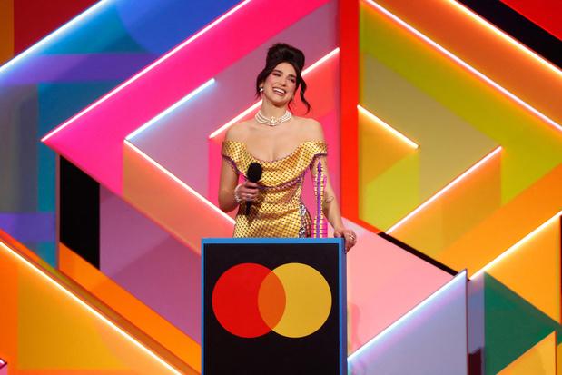 Dua Lipa en Taylor Swift domineren Brit Awards