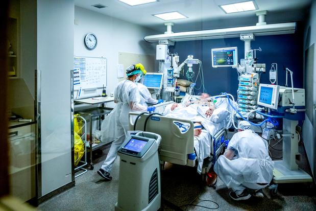"""Philippe Devos : """"Peu importe les décisions, des patients vont rester sur le bord de la route"""""""