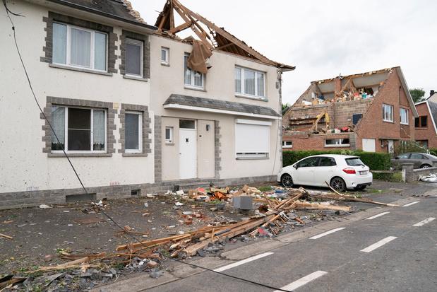 """Tornade à Beauraing: """"une situation apocalyptique"""", """"un petit miracle qu'il n'y ait pas plus de blessés"""""""